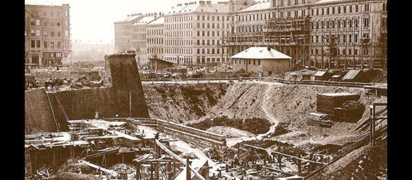 Eine Geschichte der Oper seit 1869 bis 1955