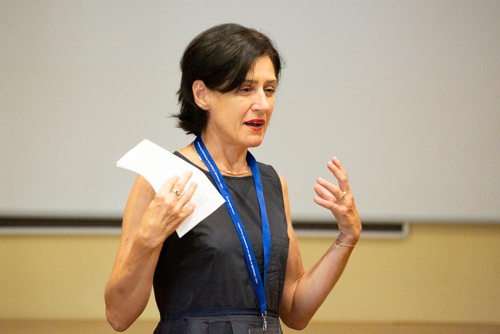Therese Kaufmann, Leiterin der Stabstelle Forschungsförderung an der mdw, bei der Eröffnung der isaScience 2019.