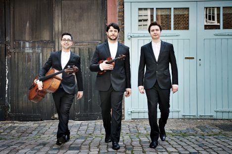 Trio Isimsiz.jpg