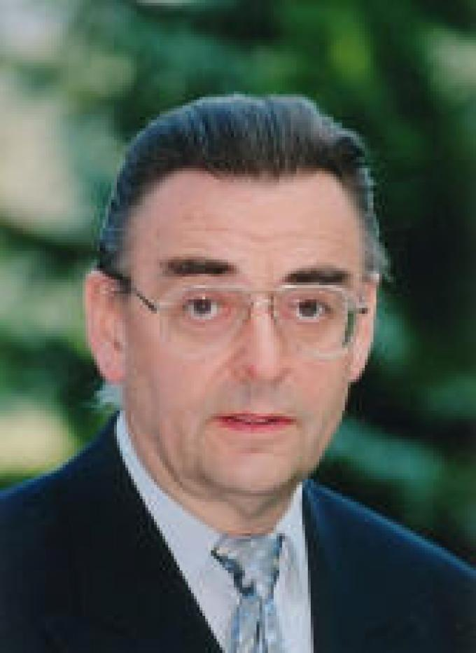 Professor Peter Efler