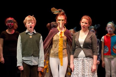 Der gläserne Birnbaum 2011 - Hans, Grete und der Vogel Zaza bejubeln ihren Sieg