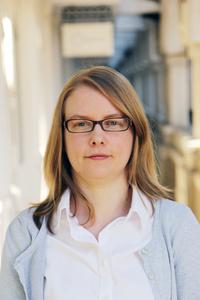 Laura Dent (c) Epigeum