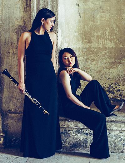 Georgina Oakes und Mari Sato